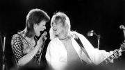 David-Bowie-and-Mick-Ronson-630×420