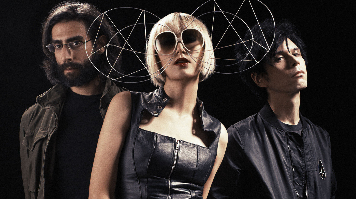 "Mira el trailer de ""There Is No Modern Romance"", documental de la banda Yeah Yeah Yeahs"