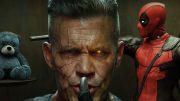 Cable-Deadpool-X-gun-teddy-bear-Deadpool-2