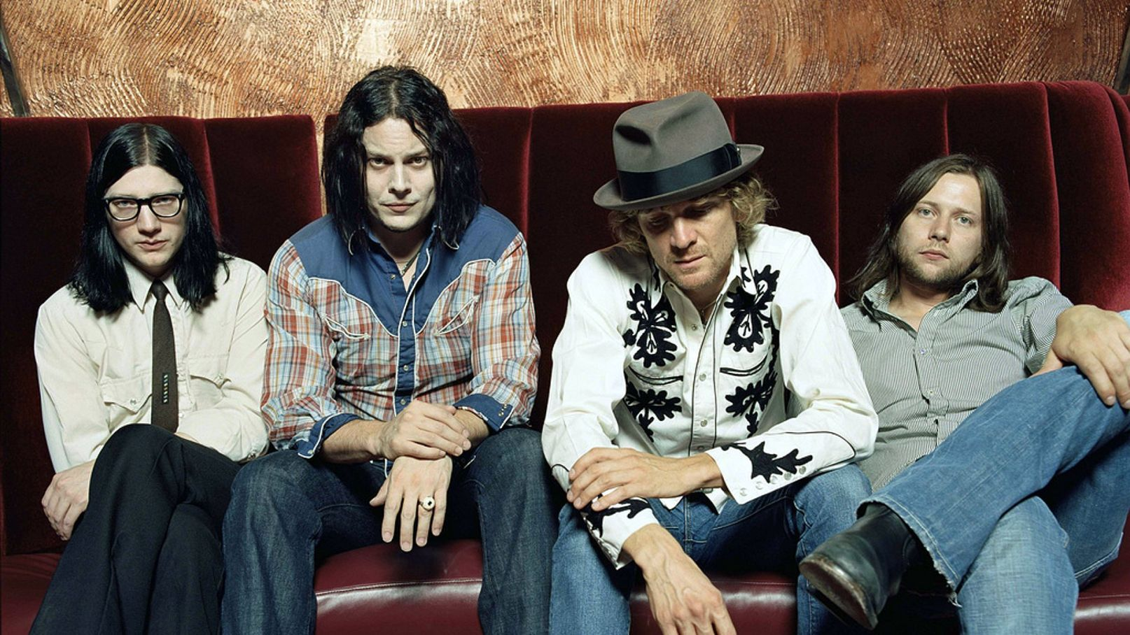 "Jack White y The Raconteurs lanzan 2 nuevas canciones: ""Sunday Drive"" y ""Now That You're Gone"""