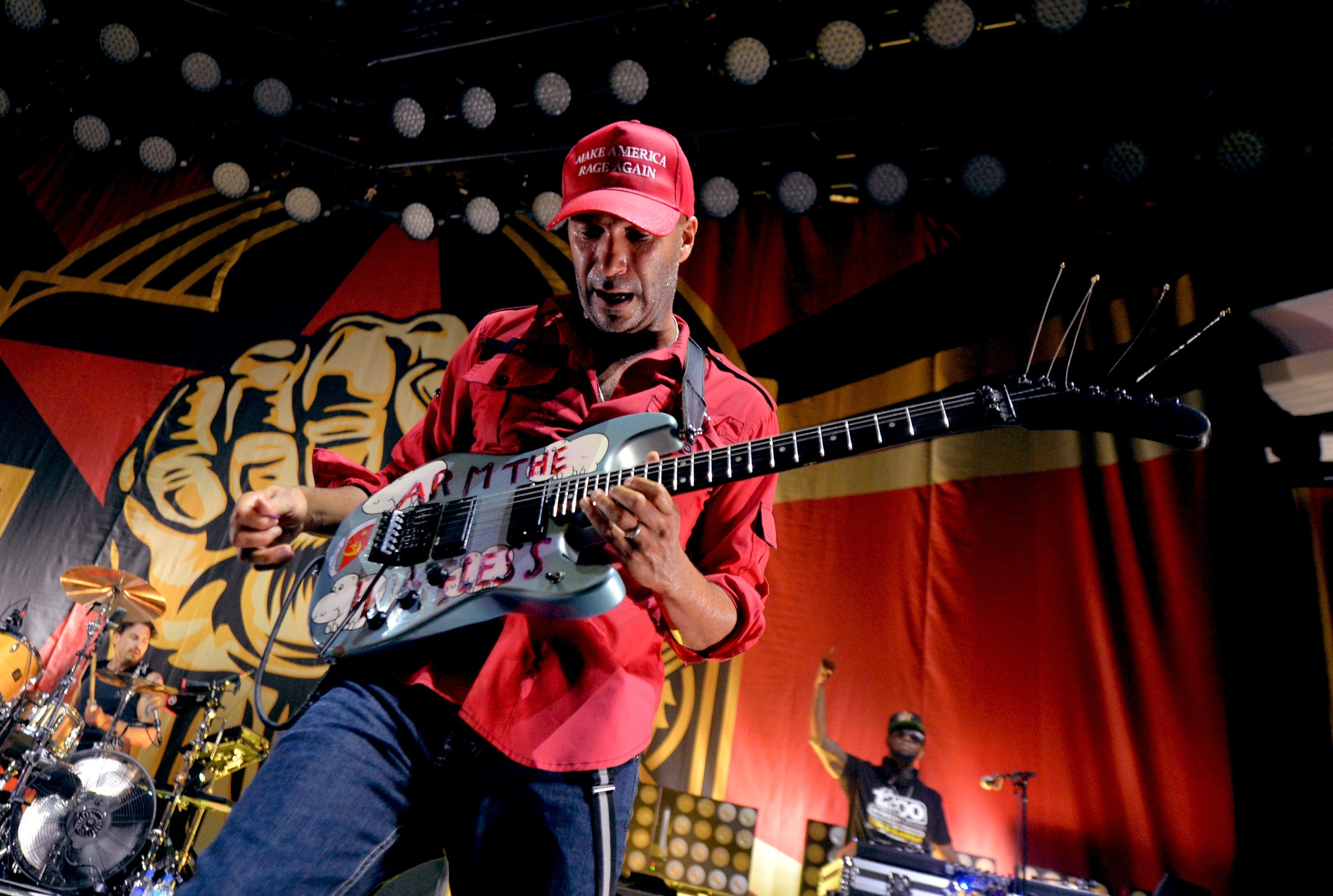 Every Step That I Take: Mira el nuevo videoclip de Tom Morello junto a Portugal, The Man