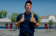 Coldplay se conecta con su niño interior en el videoclip de Champion Of The World